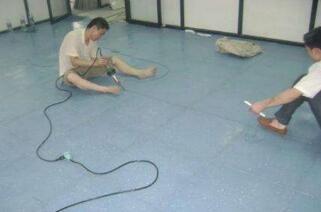 防静电地板安装方法,防静电地板安装人工费多少钱一平?吉林
